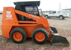 Used Equipment Sales LOADER DAEWOO 1760XL 440 in Banner Elk NC